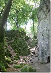 Teufelsschlucht Ernzen / Irrel - Weg zwischen Wald und Fels