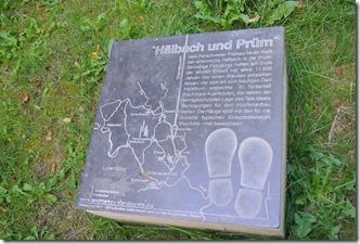 Teufelsschlucht Ernzen / Irrel - Bronzetafel an den Hopfenfeldern