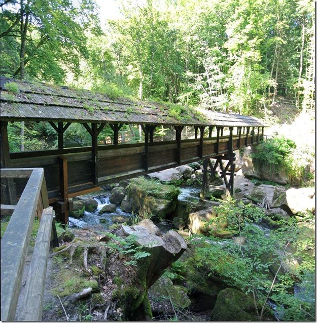 Teufelsschlucht Ernzen / Irrel - Brücke und Wasserfälle