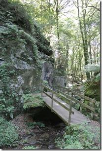 NaturWanderPark delux: Felsenweg 2 - Haupeschbaach Brücken 1