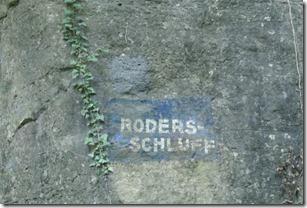 Rundwanderweg R8 - Hinweis Rodersschluff