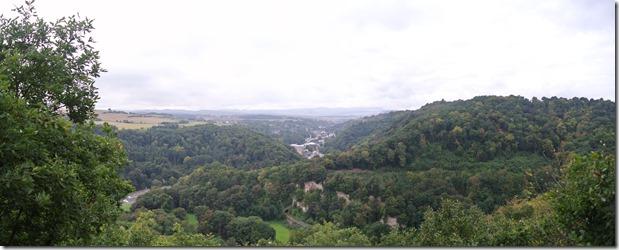 Traumpfad Höhlen-Schluchtensteig - Panoramablick ins Brohltal