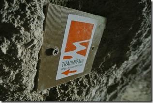 Traumpfad Höhlen-Schluchtensteig - Traumpfadlogo in der Höhle
