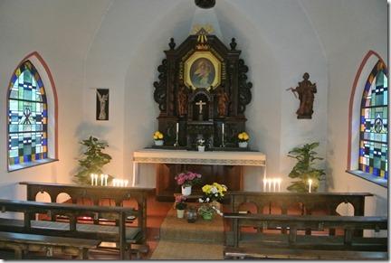 Traumschleife Rabenlay - Blick in die Waldkapelle