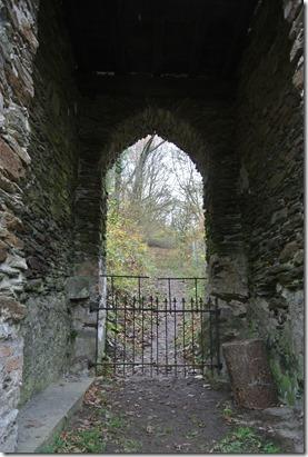 Wäller Tour Iserbachschleife - Blick durchs Tor
