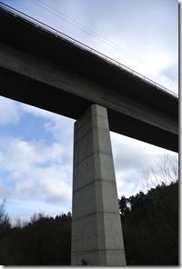 Wäller Tour Eisenbachtal - ICE-Brücke