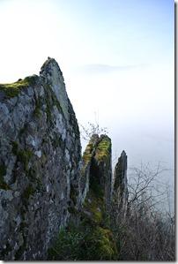 Moselsteig Etappe 18 - Fels mit Nebel