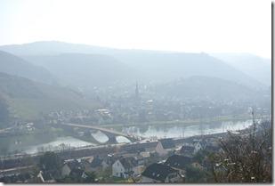 Moselsteig Etappe 19.1 - Blick auf den Ortsteil Karden