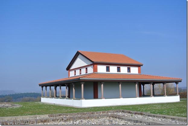 Moselsteig Etappe 19.1 - Tempel - Hauptgebäude