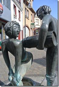 Rheinsteig Vallendar-Ehrenbereitstein - Statue in Vallendar