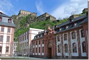 Rheinsteig Vallendar-Ehrenbereitstein - alte Gebäude mit Festung
