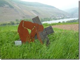 Moselsteig Etappe Reil - Zell (Mosel) - Kunst am Wegesrand