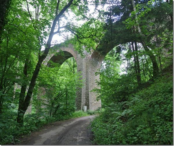 Rheinsteig Sayn - Vallendar - Eisenbahnviadukt