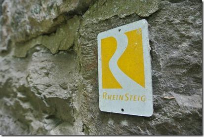 Rheinsteig Sayn - Vallendar - Rheinsteigwegweiser