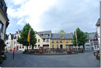Rheinsteig Sayn - Vallendar - Rathausplatz