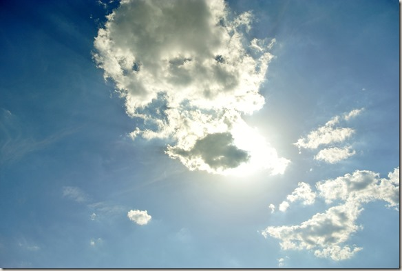 Traumschleife Ehrbachklamm - Wenig Wolken, wenig  Schatten