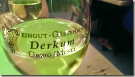 Moselsteig Bernkastel-Kues-Zeltingen - Weingut Derkum (Weinglas)