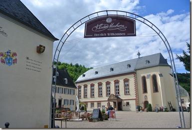 Moselsteig Bernkastel-Kues-Zeltingen - Kloster Machern - der Eingang
