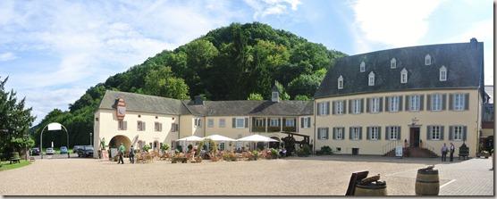 Moselsteig Bernkastel-Kues-Zeltingen - Kloster Machern - Blick zum Cafe