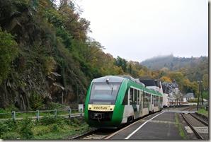 Lahnwanderweg: Etappe Diez-Balduinstein - die Bahn kommt