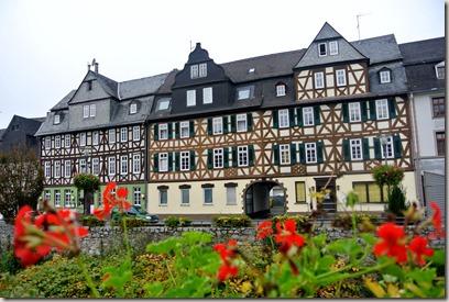 Lahnwanderweg: Etappe Diez-Balduinstein - Fachwerk