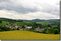Wandern in Brohltal (Weibern) -  Blick auf Weibern