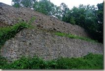 Erlebnisweg Burgweg - Aussenmauer der Burg