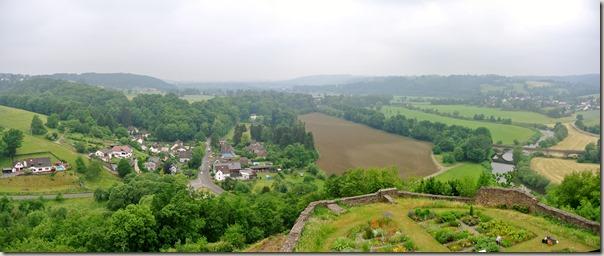 Erlebnisweg Burgweg - Blick ins Tal