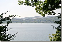 Traumpfad Pellenzer Seepfad - Blick über das Wasser