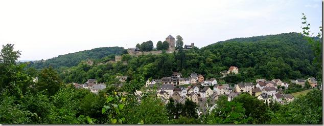 Traumpfad Saynsteig - Burg und Ort Sayn