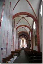 Traumpfad Saynsteig - Blick in die Kirche
