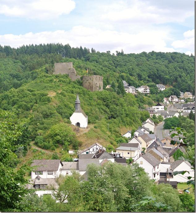 Traumpfad Virne-Burgweg - Burg, Kapelle und Ort