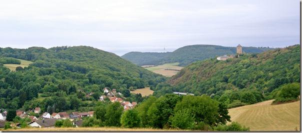 Veldenz Wanderweg Etappe 1 - Blick auf Burg Lichtenberg