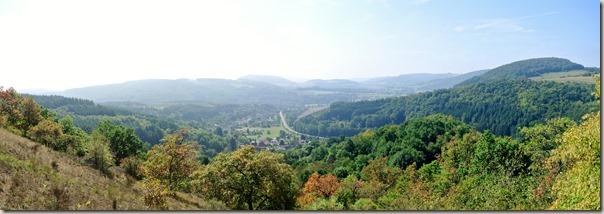 Veldenz Wanderweg - Blick ins Glantal