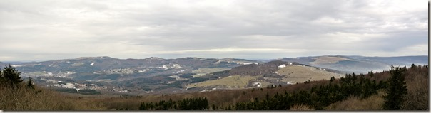 Rhön Kreuzbergtour 2016 - Ausblick Gipfelkreuze
