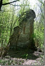 Traumpfad Höhlen- und Schluchtensteig - Mauerrest des Klosers