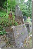 Schwede-Bure-Tour - Grabmal auf dem jüdischen Friedhof
