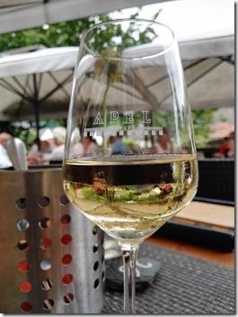 Moselsteig Palzem - Nittel - Wein im Gasthaus Apel