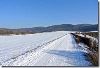 Laacher See - Weg durch den Schnee