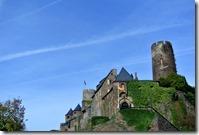 Traumpfad Bleidenberger Ausblicke - erster Blick auf die Burg