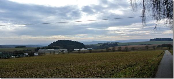 Wiesenweg Kürrenberg - Blick über die Eifel