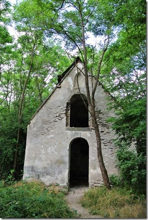 Traumpfad Pyrmonter Felsensteig - verfallene Kapelle
