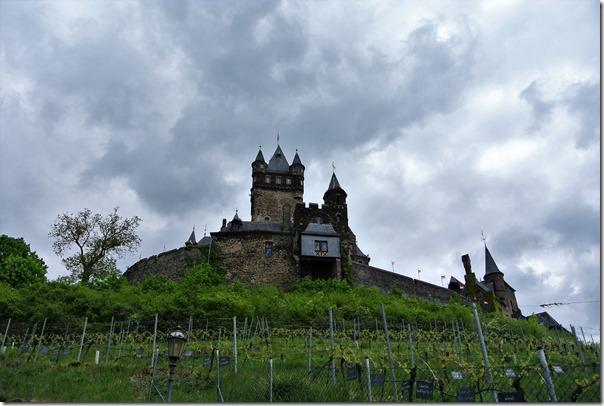 Seitensprungs Cochemer Ritterrunde - Reichsburg mit dunklen Wolken