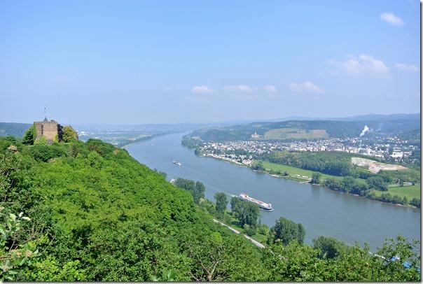 Himmelsleiter Brohl-Lützing - Burg Rheineck