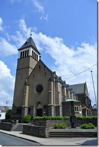 Himmelsleiter Brohl-Lützing - Kirche in Niederlützing